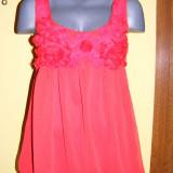 Bluza superba cu trandafiri-rosie, la superpret! - Bluza dama