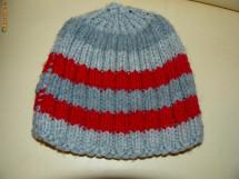 Caciulite/fesuri tricotate noi!!!! foto