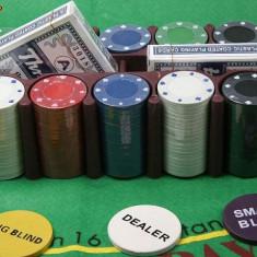 Set Casino Texas Hold`Em Poker cu 200 de Jetoane - Set poker