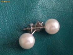 Cercei aur alb 14K cu perle naturale tip stud foarte finuti, 14 carate