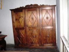 Mobilier, Paturi si seturi dormitor, 1900 - 1949 - Mobila DORMITOR Sculptata Set 7 piese / Lemn de brad natur ars