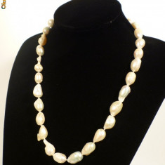 Colier perle neprelucrate