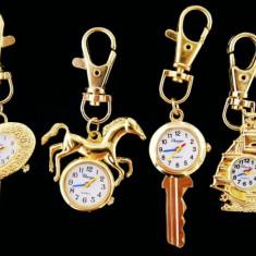 Breloc Dama - Ceas cheie auriu tip breloc AVON cadou Craciun