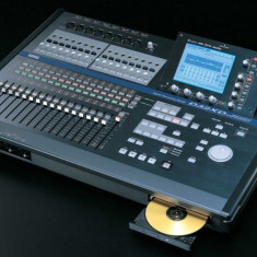 Studio KORG D32XD - Mixer audio