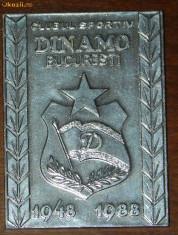 Insigna fotbal - PLACHETA ANIVERSARA CLUBUL SPORTIV DINAMO BUCURESTI 1948-1988. EMBLEMA