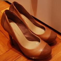 Pantofi dama, 36 2/3 - Pantofi Bershka noi de la 240 lei in magazin la 150 lei