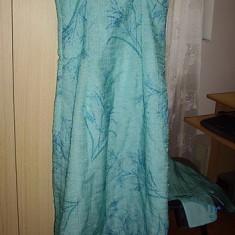 Costum de okazie cu rochie si bolero .UNIT COLLECTION, marimea 36-38...dintr-un material asemanator organzei, sau voal - Costum dama