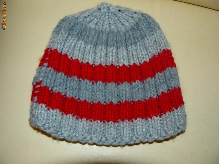Caciulite/fesuri tricotate noi!!!! foto mare