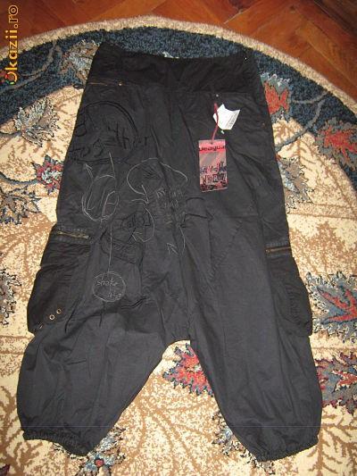 Pantaloni cu tur lasat (pt fete) firma Desigual foto mare