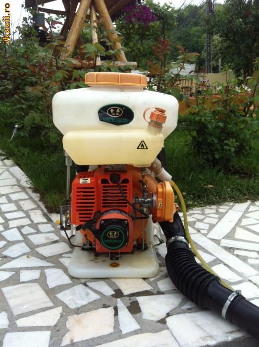 Pompa stropit atomizor cu motor pentru vie, cartofi, pomi fructiferi, etc foto mare