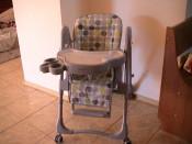 Scaun cu masa de mancat pentru bebe foto