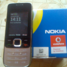 Vand Nokia 2730 Classic - Telefon Nokia, Vodafone, 2'', Clasic, 2 MP, Micro SD