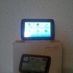 Gps Mio Technology Mio Moov M400, Receiver GPS USB, Redare audio: 1, 1 TMC, Touch-screen display: 1, Incarcator auto: 1
