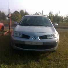 Dezmembrez Renault Megane 2 an 2008 motor 1.9dci 136cp in 6 viteze orice piesa motor, cutie, caroserie - Dezmembrari Renault