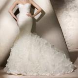 Rochie mireasa San Patrick model Royal colectia 2012 marimea 36-38 off white si voal 5m San Patrick best seller