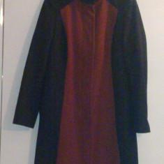 Palton dama, Negru, Marime: 40 - Palton toamna/iarna mar. 40....pret: 70 ron.