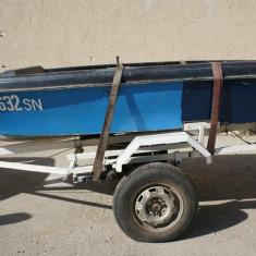 Barca cu motor si peridoc, An fabricatie: 1996, Exterior, Benzina, Numar motoare: 1, Fibra de sticla