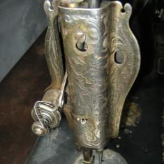 Vand masina de cusut antica rustica Singer anul 1936 sau schimb pe altceva