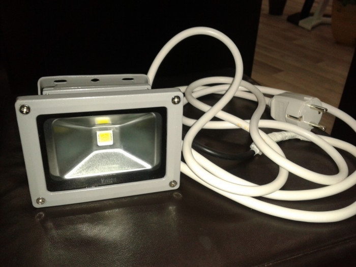 Proiector Spotvision Lightning - Model LED Flood Light foto mare