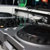 2 x Pioneer 800 MK2 + Mixer DJM 400