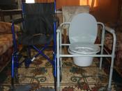 SCAUN CU ROTILE PLIANT PERSOANE HANDICAP WC.PLIANT BOLNAVI! foto
