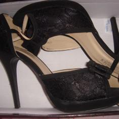 Pantofi dama, negri, cu toc, decupati, cu fundita, purtati o singura data - Pantof dama Miss Sixty, Marime: 39, Culoare: Negru, Negru