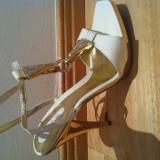 Vand sandale masura 50 - Sandale dama, Marime: 40, Culoare: Alb, Alb
