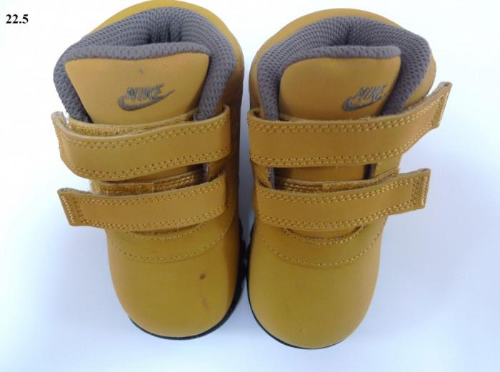 Ghete iarna Nike copii MANDARA; cizme copii foto mare