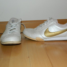 Adidasi dama Nike, Marime: 38, Culoare: Bej, Bej