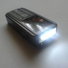 Electrosoc in Forma de Telefon cu Laser si Lanterna 2800 KV, Cu lanterna