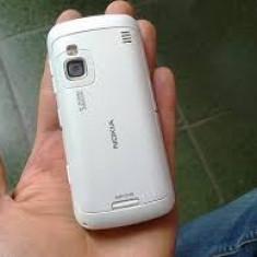 Vand Nokia C6-00 alb cu toate accesoriile - Telefon mobil Nokia C6