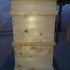 Atelier de fabricat stupi vinde din stoc sau la comanda stupi - Apicultura