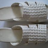 Papuci dama, Marime: 39, Alb - Papuc alb cu talpa inalta