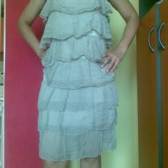 Rochie de zi din matase, cu volanase, marimea M! Arata impecabil!, Cu bretele