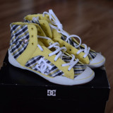 Tenisi dama - (NOU) Tenisi inalti dama DC Shoes Chelsea Zero Hi marime 37 US 6.0 23 cm (Super-oferta!) Reducere 70%!!! Lichidare stoc! Livrare gratuita!