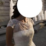 Rochi de mireasa (second hand) purtata doar 6 ore!!!!!!corset drept spate.  lungime 160 cm.  talie 69 cm.  piept 89 cm.  umeri 33 cm. crinolina.paiete