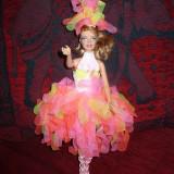 Papusa BARBIE in tinuta de carnaval - OKAZIE