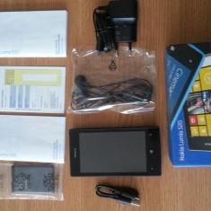 Telefon mobil Nokia Lumia 520, Negru, Neblocat - Nokia Lumia 520