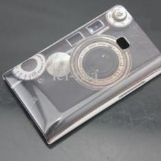Husa rigida model aparat foto LG Optimus L3 E400 + folie protectie ecran - Husa Telefon