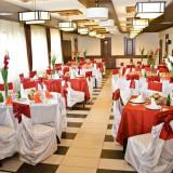 Decoratiuni nunta - Vand decoratiuni pentru nunti: huse, esarfe, vaze, fete de masa