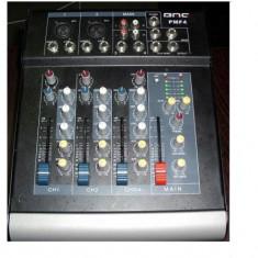 MIXER AUDIO PROFESIONAL AMPLIFICAT/ PUTERE 200 WATT, 4 CANALE, BMG.