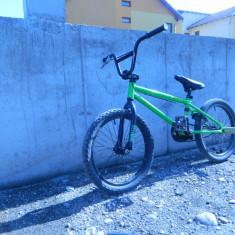 Vand bmx - Bicicleta BMX, Negru-Verde, Curbat(Risebar)