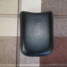 HUSA BlackBerry din piele neagra tip toc, foarte putin folosita, in stare foarte buna la pret foarte mic!!!!! - Husa Telefon