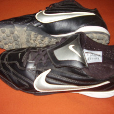 Vand ghete nike(adidasi de fotbal) - Ghete fotbal
