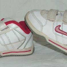 Adidasi copii NIKE - nr 22