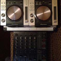Vand cdj 200 + mixer behringer djx 750 (pret negociabil*) - Console DJ Pioneer