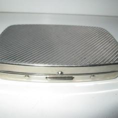Tabachera tigarete cu arc veche in metal argintat (silver plated). - Tabachera veche