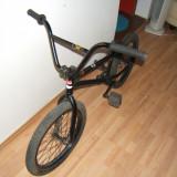 Vand BMX NITROUS COBRA 2012, culoare neagra, stare foarte buna - Bicicleta BMX Nespecificat, Aluminiu, Negru mat, BMX, Curbat(Risebar), Aliaje de aluminiu