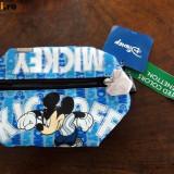Noi! Penar cu Mickey Mouse de la Benetton