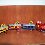 Jucarie Veche Trenulet Electric de tabla chinezesc cu 3 Vagoane ME 855 - Colectii